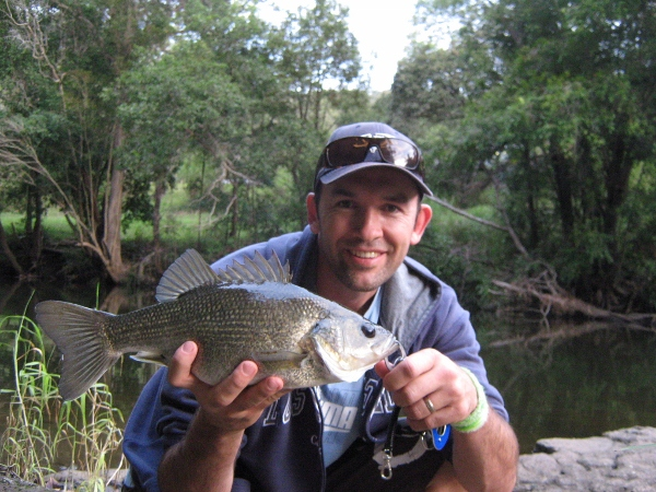 The perfect cast is rewarded with a quality 41cm Aussie bass